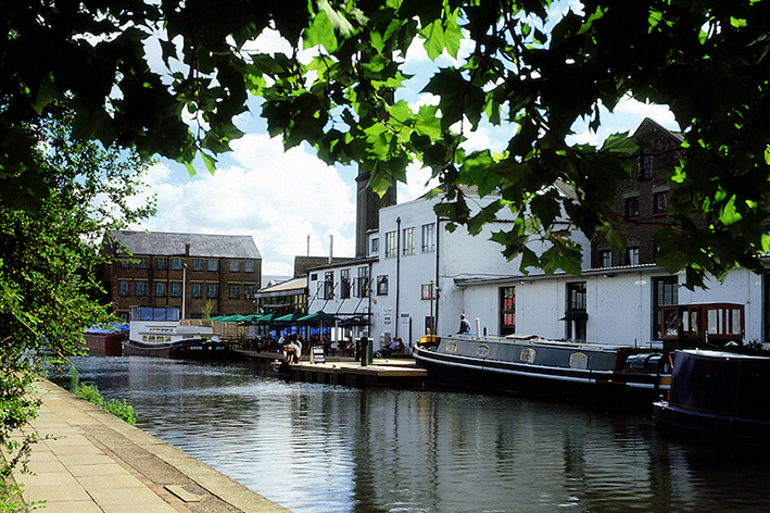 Photo of canal and Holbourn Studios